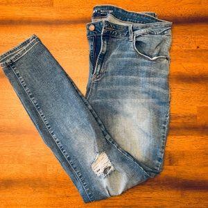 Old Navy Rockstar Light Washed Jeans